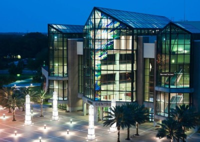 Robertson-Curtis-Commercial-Painting-and-Decorating_PCC Crowne Centre Pensacola Florida Main View Night Lights