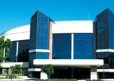 Robertson-Curtis-Commercial-Painting-and-Decorating_PCC-Crowne-Centre-Pensacola-Florida-Side-view
