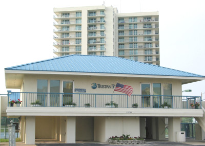 Robertson-Curtis-Commercial-Painting-and-Decorating_Tristan-Towers-Gulf-Breeze-Florida