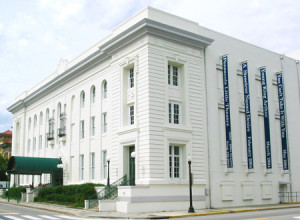 Robertson-Curtis-Pensacola-LittleTheatre-Restoration-Florida-Painting-Historical-Building